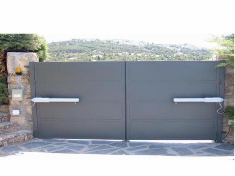 Puertas batientes puertas de garaje - Puerta garaje abatible ...