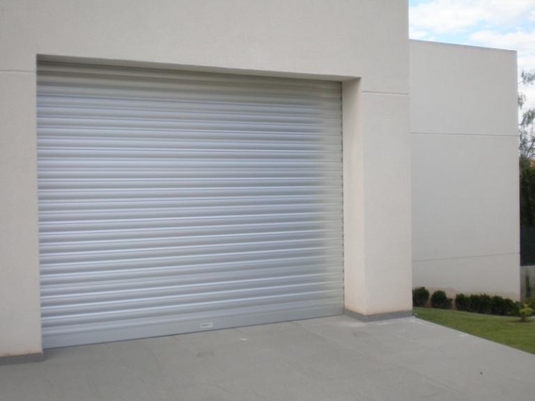 Puertas enrollables puertas de garaje for Puertas enrollables